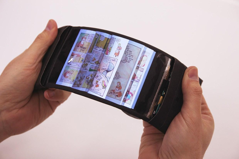 flexible smartphone reflex