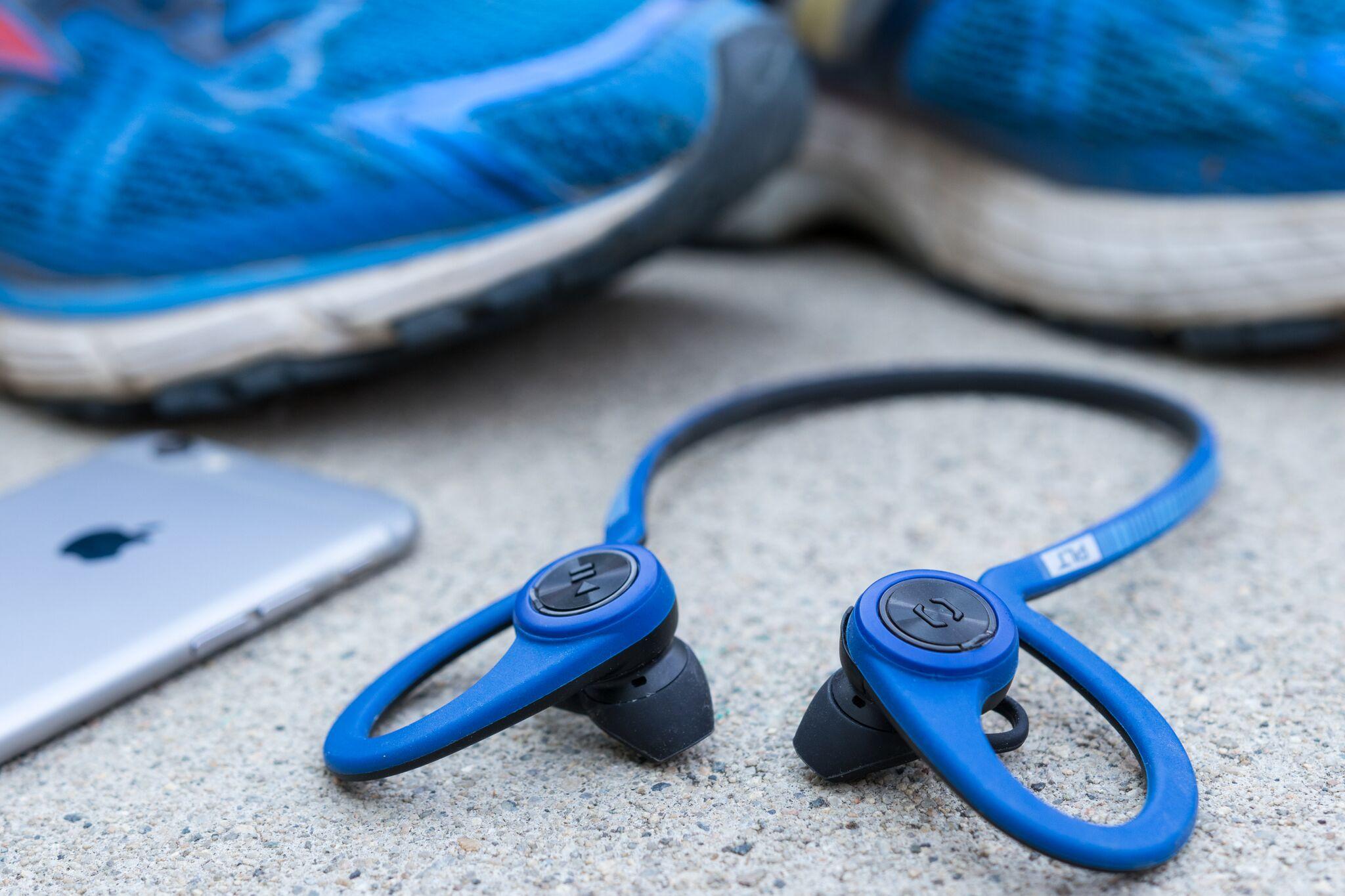 running headphones fullres 1424 preview